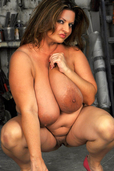 Maria Moore in Omg, it's Maria Moore XXX at Plumper Pass