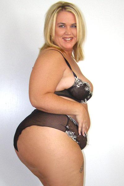 Blue eyes blonde big tits webcam masturbating 5